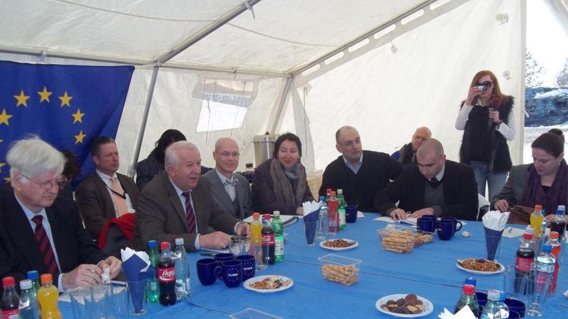 Южная Осетия за базар не отвечает. 27098.jpeg