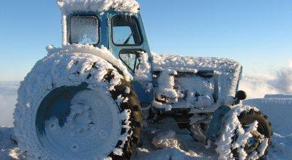 VIP-трактор от Михаила Саакашвили. 27105.jpeg