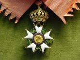 В России протестуют в связи с вручением Саакашвили Ордена почетного легиона. 23108.jpeg