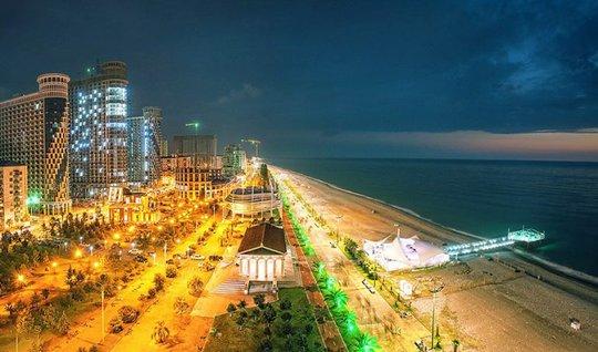 Баку, Ялта и Батуми попали в список лучших мест отдыха Forbes. 22374.jpeg. 30221.jpeg