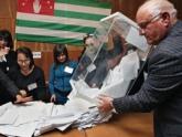 Главу Абхазии выбирают и за пределами республики. 21278.jpeg