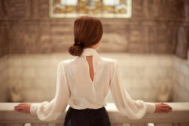 Решивший жениться мужчина долго думал, какую из трех влюбленных в него девушек взять в жены