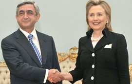 Клинтон: жесткая, но безадресная критика. 27310.jpeg