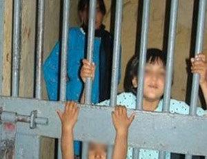 Курды не знают, жив ли Оджалан. Детская камера в турецкой тюрьме