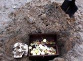 Гилаури ищет клад в долговой яме. 22626.jpeg