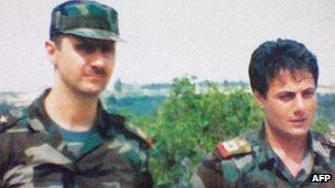 «Башар Асад такой же диктатор, как и его отец». Манаф Тлас (справа) и Башар Асад
