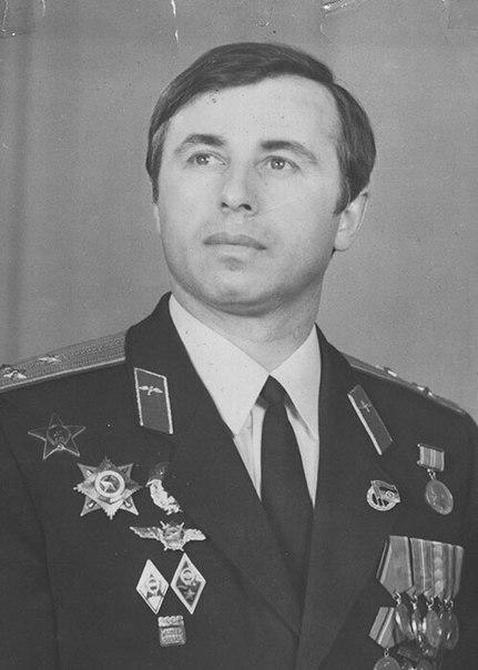 Летчик-герой Суламбек Сусаркулович Осканов