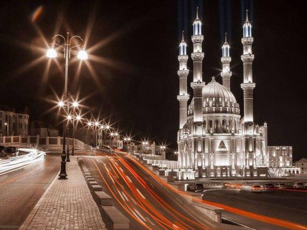 Самая большая мечеть на Кавказе