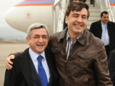 Визит Саргсян в Тбилиси не отменен, а перенесен, уточнила Каландадзе. 23895.jpeg