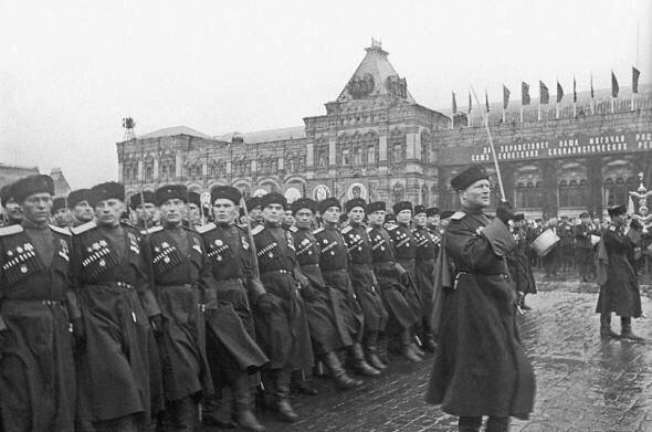 Что, если бы в Параде Победы приняли участие все, кто воевал...