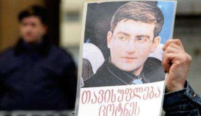 За что Саакашвили посадил Гамсахурдиа. 26986.jpeg
