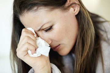 Почему родителям иногда разрешается поплакать на глазах у ребенка