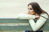 Она хотела быть безгранично счастливой, но с каждым человеком была безгранично холодной