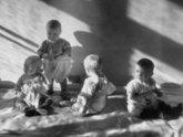 Грузинское правительство идет в детский сад