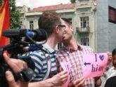 Православные родители  напали на гей-парад