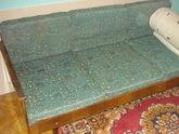 Тбилиси меняет реформу на диван советского покроя