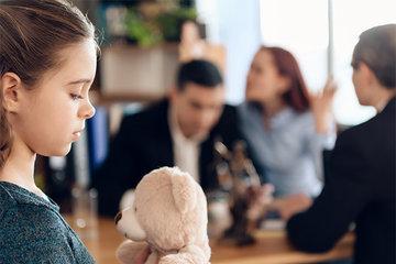 Как женщине с ребенком преодолеть последствия развода
