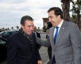 НАТО оставило Саакашвили с галстуком