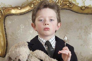 Как родители сами делают из детей нарциссов