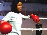 Свободная иранка носит хиджаб