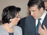 Саакашвили «выбивает» политических оппонентов