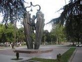 Тбилисских чиновников поселят на теннисном корте