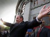 Армянская оппозиция уходит в отпуск