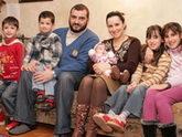 Грузинские чиновники объедают детей