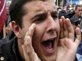 Саакашвили бросает студентов на фронт. Пока - пропаганды