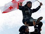 Грузинские политологи: Грузия ошибалась, но виновата Россия