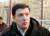 Axe of Tbilisi democracy hits sycamores