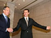 USA in anger, Lavrov in Damascus