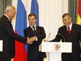 Границы на Кавказе: Запад возмущается «консолидированно»