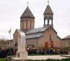 Делегация грузинской церкви едет определяться со Священным Синодом