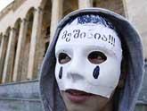 Тбилиси: в ход пошли кулаки