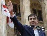 Саакашвили служит двум господам