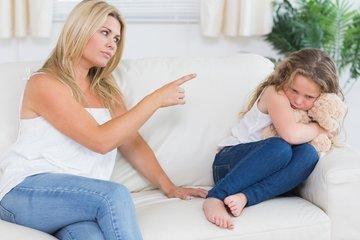 Каких ошибок нельзя допускать в воспитании девочки