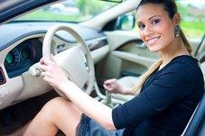 Можно ли научить женщину водить