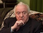 Shevardnadze defending the Russian language