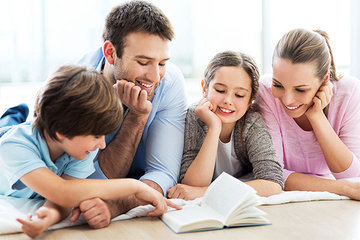 Родители и дети: как вписать любовь в воспитательный процесс