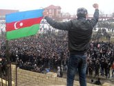 Протест азербайджанцам не по карману?
